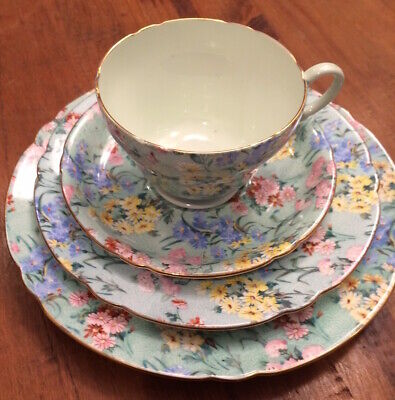 Shelley England Melody Chintz Trio Plus Extra Saucer, Excellent • 69.49£