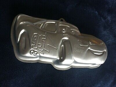 Wilton Cars Lightning McQueen Cake Pan Tin Mold 2105-6400 Disney Pixar  • 8.51£