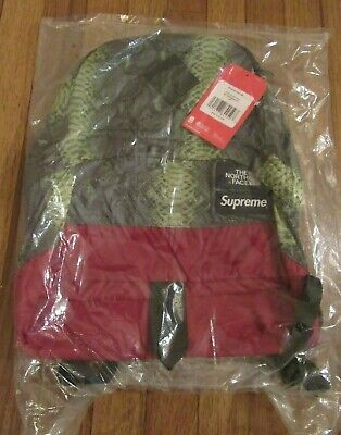 $ CDN360.67 • Buy Supreme The North Face TNF Lightweight Daypack Backpack Snake Green SS18 DS New