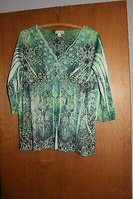 $6 • Buy One World Live And Let Live Womens Green V-Neck Shirt Top Sz Large 3/4 Sleeve