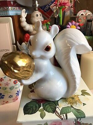 Royal Osborne Large Bone China Squirrel With Gold Walnut  1423 • 9.99£