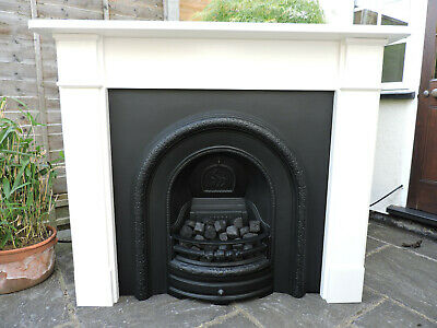 Victorian Style Fireplace • 385£