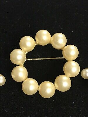 $15 • Buy Vintage Sarah Coventry Jewelry - Pearl Set