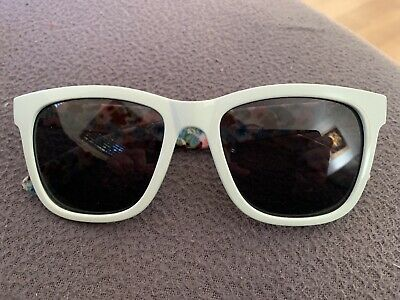 AU5 • Buy Jamberry Sunglasses