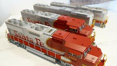 $ CDN1155.77 • Buy O Scale 2 Rail Atlas Santa Fe GP-60 Set.