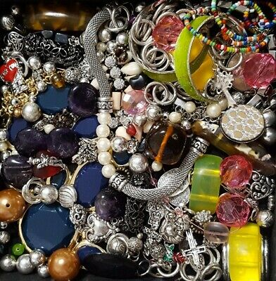 $ CDN24.43 • Buy Vintage Now Unsearched Untested Junk Drawer Jewelry Charm Bead Lot 502