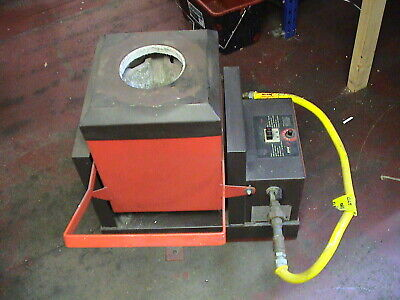 HME TECHNOLOGY  Tilting Crucible Furnace MODEL NATURAL GAS IN GOOD WORKING ORDER • 500£