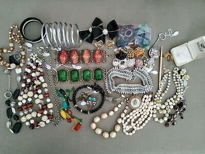 $ CDN81.46 • Buy Vintage Jewelry Lot Misc Random Rings,necklaces And Bracelets