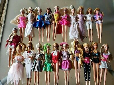 $ CDN120.84 • Buy Vintage  1966 Barbie Doll Lot  Of 21 Fully Clothed  With Vintage Case 1964
