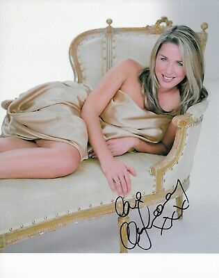 £20 • Buy STUNNING 10  X 8  HAND SIGNED COLOUR PHOTO (COA) CLAIRE SWEENEY - HOT / SEXY PIC