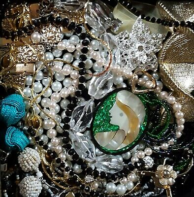 $ CDN63.80 • Buy Vintage Now Unsearched Untested  NOT  Junk Drawer Jewelry Lot Estate Wear 926