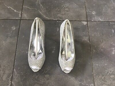 Nine West Metallic Gold/Silver Sparkly Pointed Mid Heel Shoes Size 8  • 1.50£
