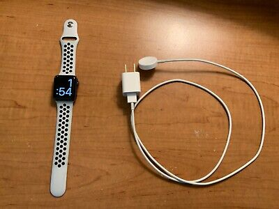 $ CDN115.48 • Buy Apple Watch Series 2 38mm Cracked Screen - White Nike Band And Charger