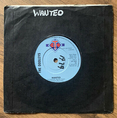 "The Dooleys- Wanted- 7"" Vinyl Record • 0.99£"