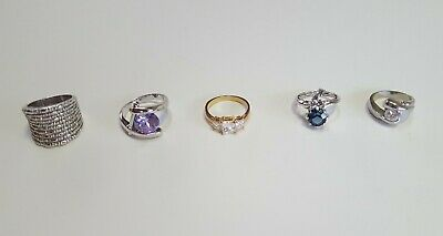 $ CDN32.94 • Buy Vintage Now Rhinestone Cocktail Ring Lot Unsearched Untested Estate Find Wear