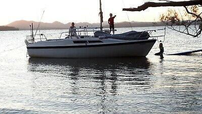 AU18800 • Buy Macgregor 26s Trailer Sailer Yacht