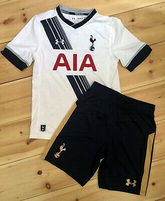 Tottenham Hotspur Top And Shorts. Size YMD/JM/M. Year 2015-16. • 10£
