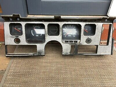 AU1099 • Buy Holden HQ Statesman Sports Dash V8