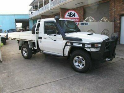 AU40900 • Buy 2010 Toyota Landcruiser VDJ79R 09 Upgrade GX (4x4) White Manual 5sp M