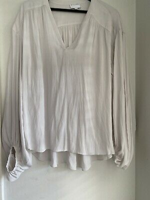 AU45 • Buy WITCHERY Ecro Top Worn Once As New Size 14