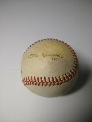 $ CDN264.21 • Buy New York Yankees Allie Reynolds Dennis Eckersley Signed Baseball Autographs