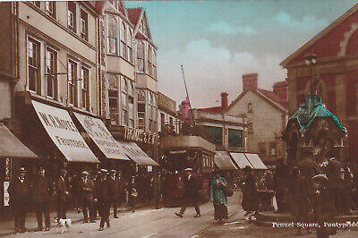 PENUEL SQUARE, PONTYPRIDD - OLD RP COLOUR POSTCARD SHOWING TRAM (ref 1527/20/G7) • 12£