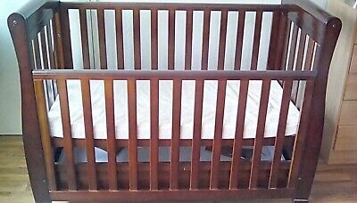 Babymore Sleigh Cot Bed Dropside With Drawer • 68£