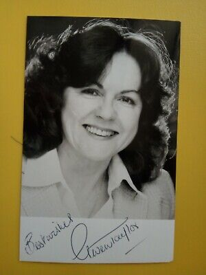 HEARTBEAT GWEN TAYLOR Hand Signed Autograph Cast Photo Peggy Armstrong FREEPOST • 11.99£