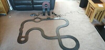 2 X Micro Scalextric Track With 2 Cars • 13.48£