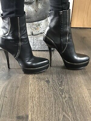 Sexy GUCCI Boots Size 391/2 Good Condition  • 35£