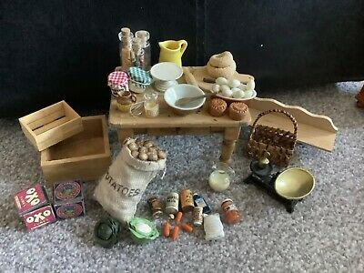 Dolls House 1/12th Scale Rustic  Kitchen Table With Lots Of Accessories  • 13.50£