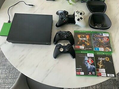 AU900 • Buy Xbox ONE X Bundle