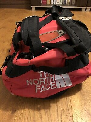 North Face Base Camp Duffel Small • 5£