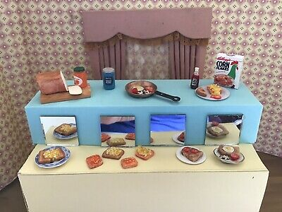 1/12 Dolls House Furniture Set In The KITCHEN Breakfast FOOD • 14£