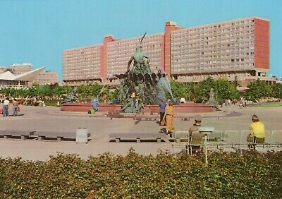 Germany Postcard - Berlin - Neptune Fountain With Shopping Arcade  RR9167 • 3£