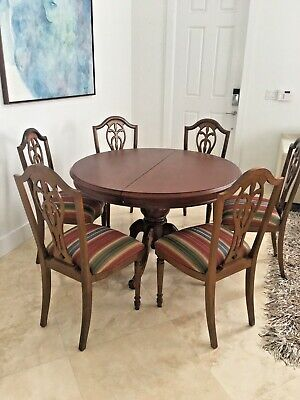 $699 • Buy Solid Wood Traditional Dining Set (seats 6)