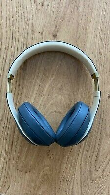 Beats By Dr. Dre Studio3 Wireless Headphones Grey And Gold • 85£