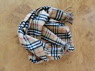 Burberry Scarf 100% Cashmere Worn Once • 80£