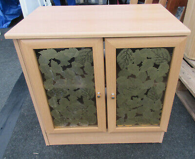 Small Wood Effect Tv Cabinet With Decorative Glass Doors (charity Sale) • 8£