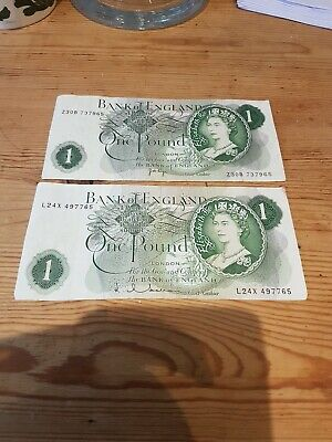 2 X Bank Of England One Pound Notes - Cashiers Hollom And J B Page • 2£