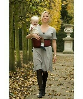 Burgundy Hippychick Hipseat Baby Carrier 6 Months - 3 Years VGC • 9.99£