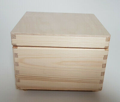 Wooden Treasure Chest  Storage Box With Lid , Plain Pinewood Keepsake Trunk  • 10.95£
