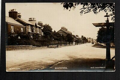 Knutsford - Heathside - Real Photographic Postcard • 5.95£