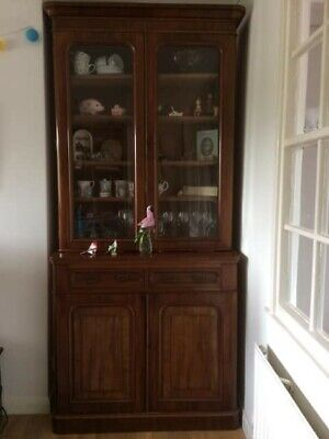Antique Early Twentieth Century Mahogany Dresser • 30£