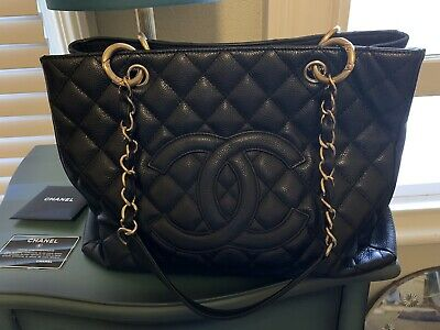 AU3100 • Buy Authentic Chanel Caviar Grand Shopping Tote