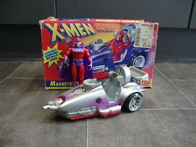 Toybiz Boxed Magneto's Magnetron And Magneto Action Figure • 20£