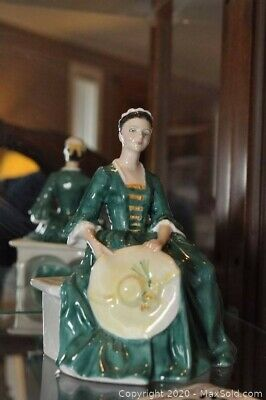 $ CDN175 • Buy Royal Doulton's  A Lady From Williamsburg