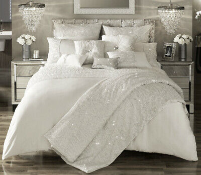 Kylie Minogue Darcey Oyster Throw Sold Out • 100£