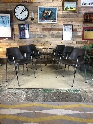 £240 • Buy A Set Of 6 Robin Day Stacking Chairs With Arms By Hille