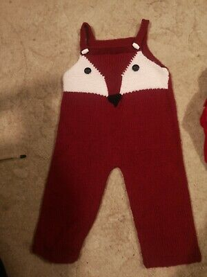 Boys Red Fox Knitted Dungarees 12-18 Months • 2.20£